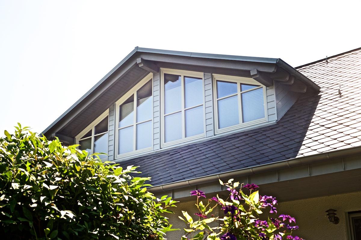 zink stehfalz und schieferdeckung dachdecker herges. Black Bedroom Furniture Sets. Home Design Ideas