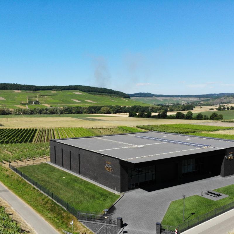 Harmonische Lösung und Moderne Dachdeckung beim Weingut Ludger Veit 4